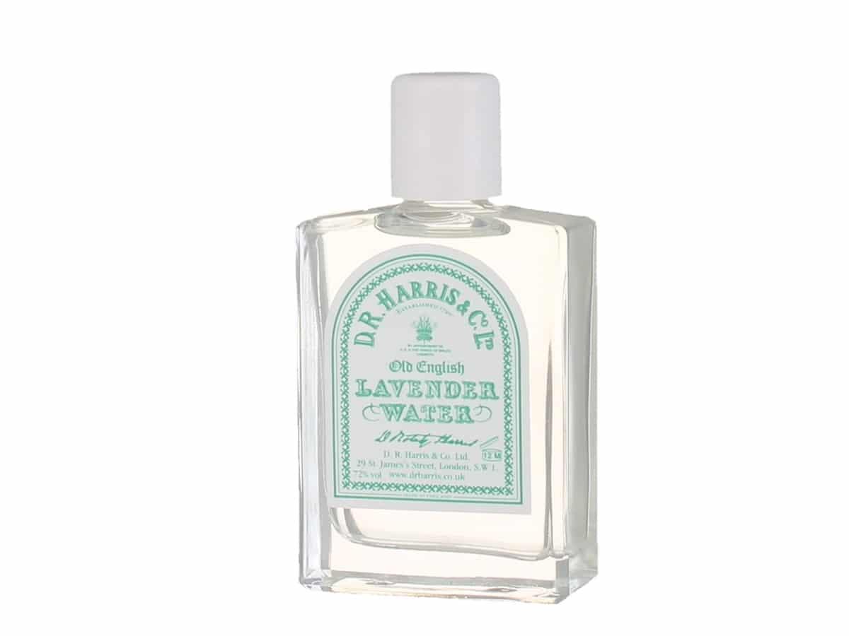Best classic colognes fragrances for men d r harris old english lavender water