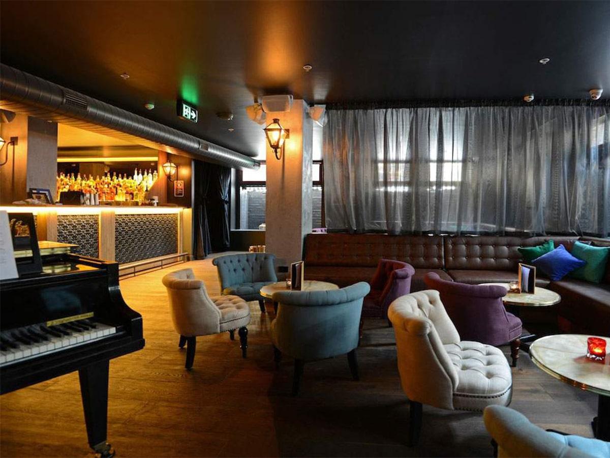 Best hidden bars in sydney the swinging cat