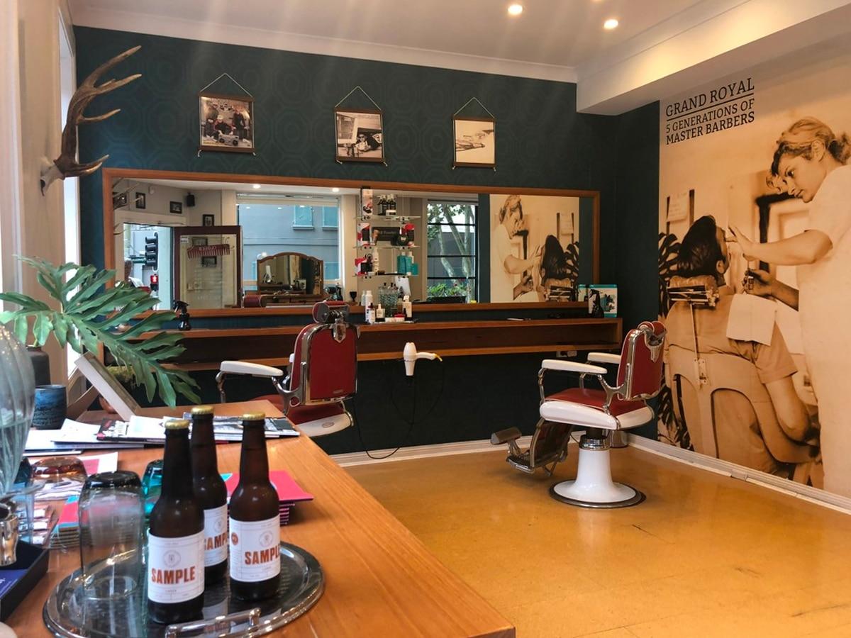 Grand royal barbers
