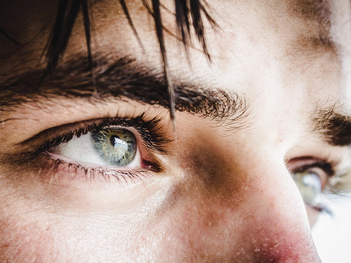 make your eyes pop to look good in photos