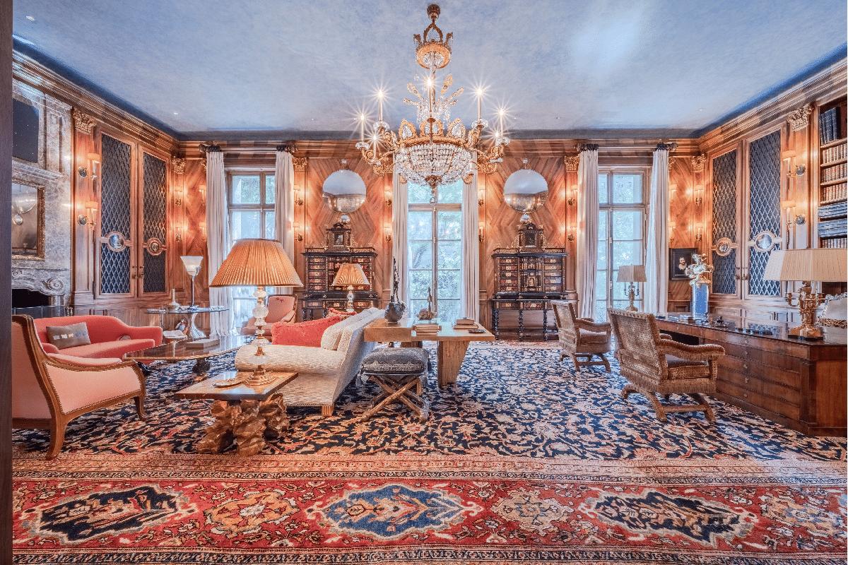 Inside view of Jeffrey Epstein's townhouse