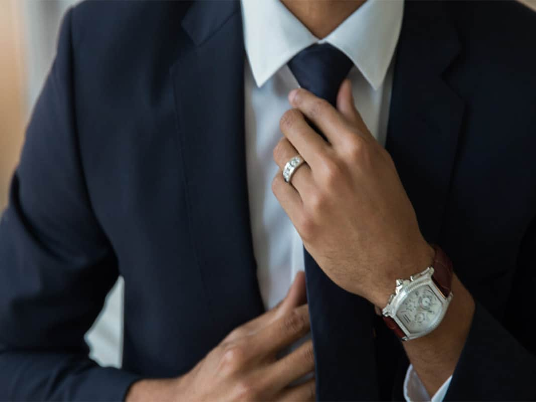 Look wealthy with mens jewellery