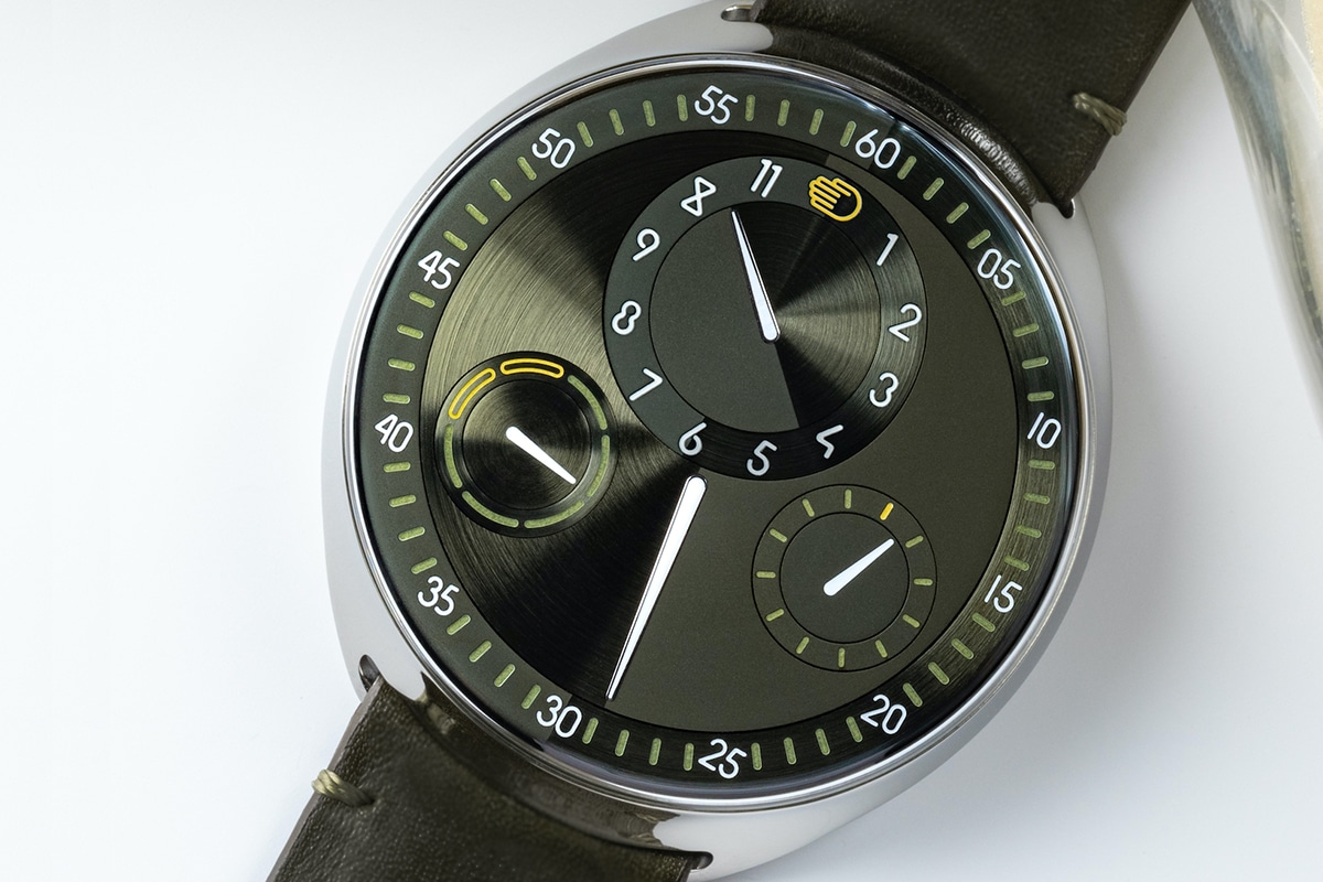 closser look Ressence The Type 1 Squared X