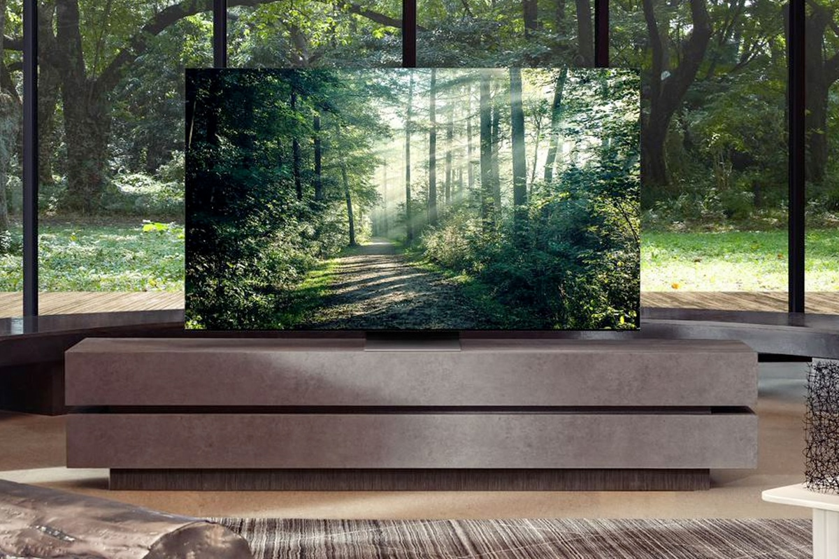Samsung Tv and Soundbar 2021 a