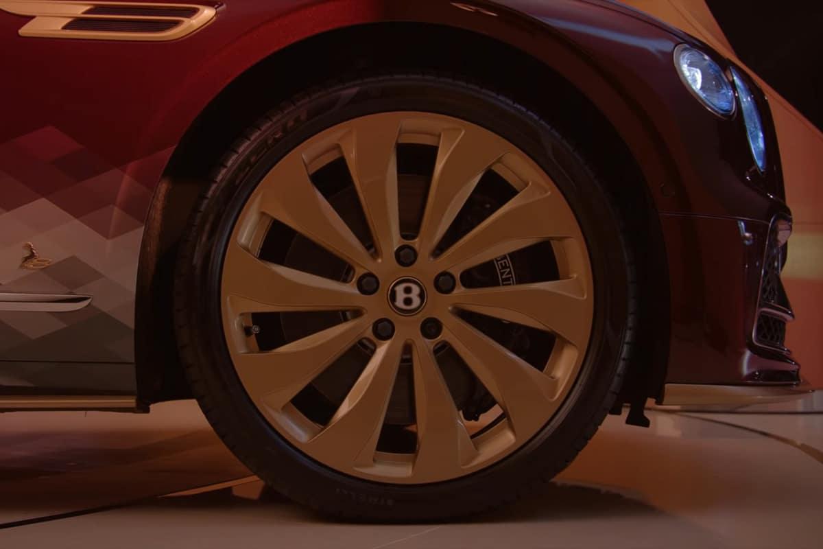 Bentley the reindeer eight 5