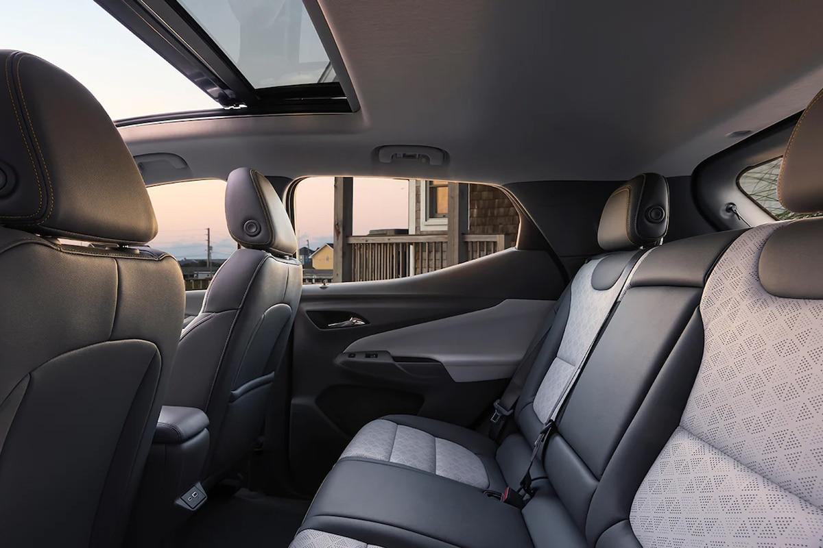 Chevrolet 2022 bolt ev and euv 8