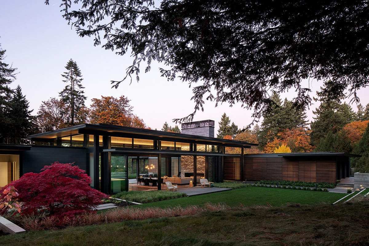 Glass link house 1