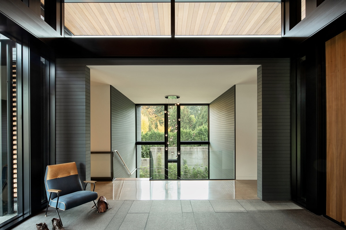 Glass link house 4
