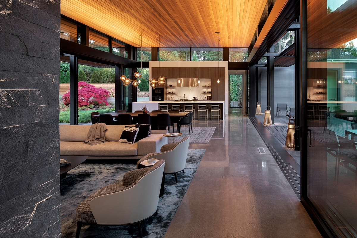 Glass link house 5