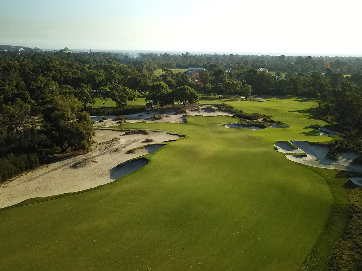 Peninsula Kingswood Country Golf Club