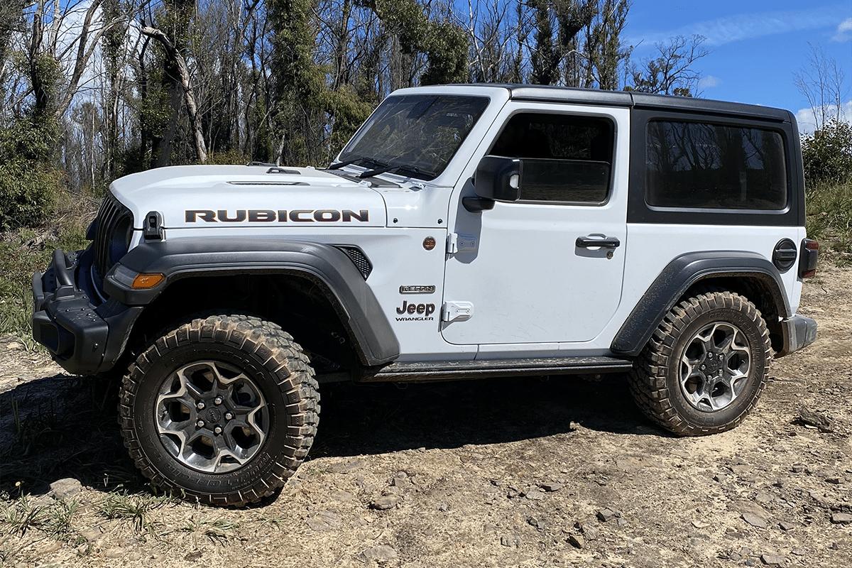 2020 jeep wrangler rubicon recon flexing at lithgow