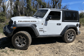2020 jeep wrangler rubicon recon flexing at lithgow