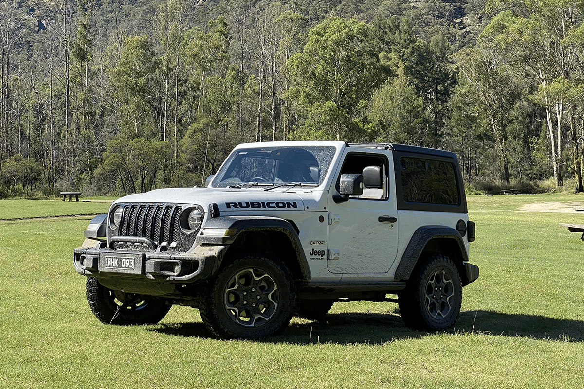 2020 jeep wrangler rubicon recon from the front 2