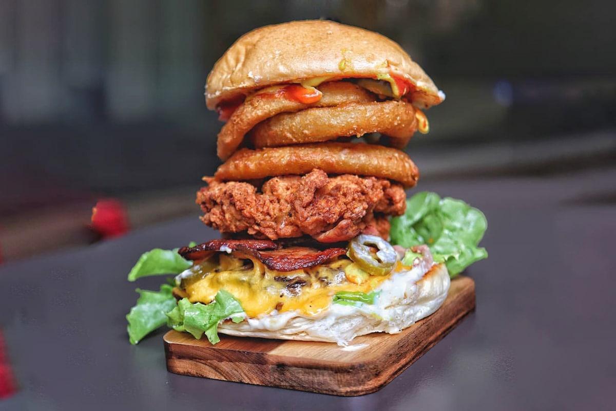 charboys burger