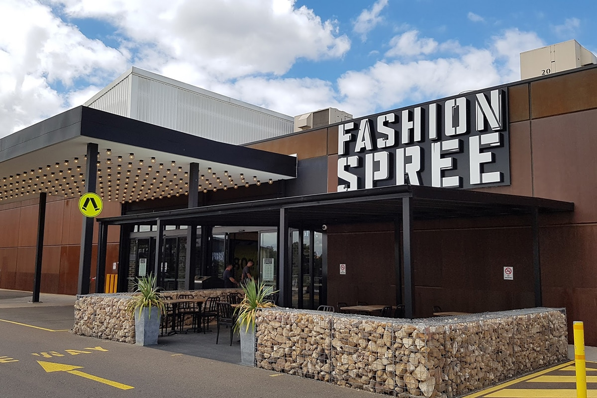 Fashion Spree outlet shopping mall outdoors
