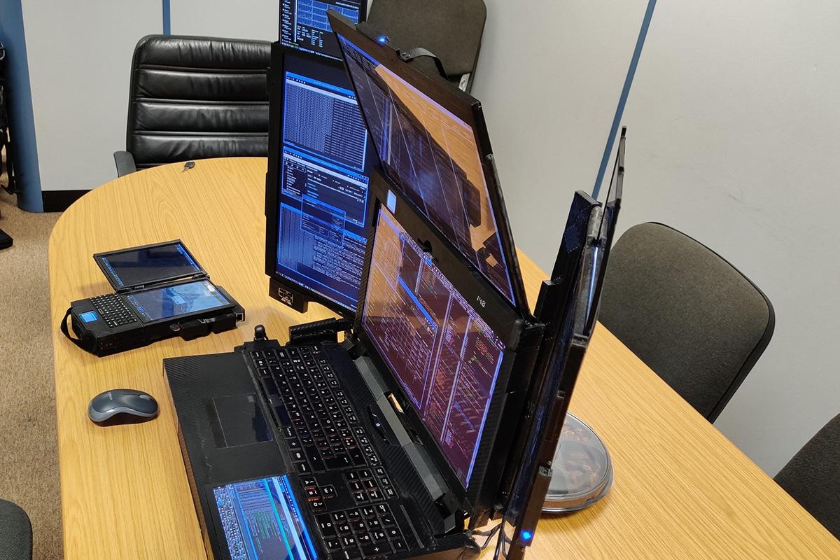 Expanscape aurora 7 screen laptop 3