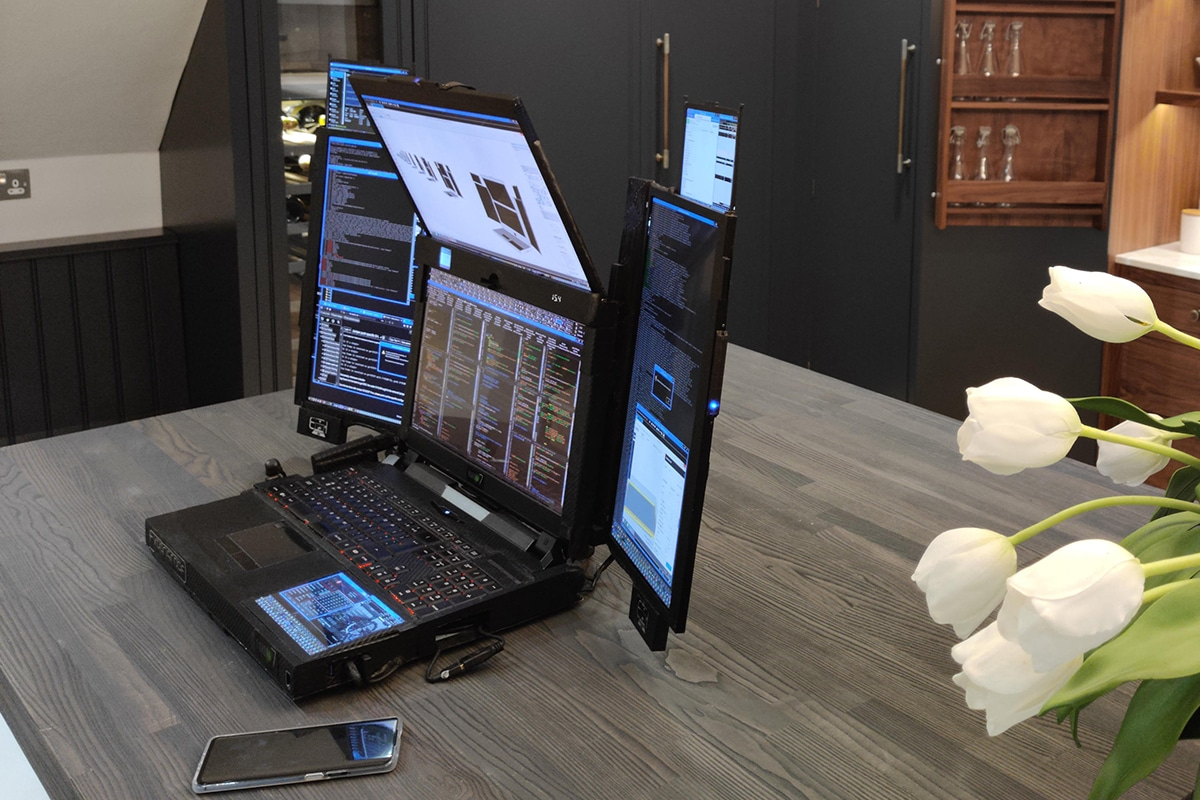 Expanscape aurora 7 screen laptop 4