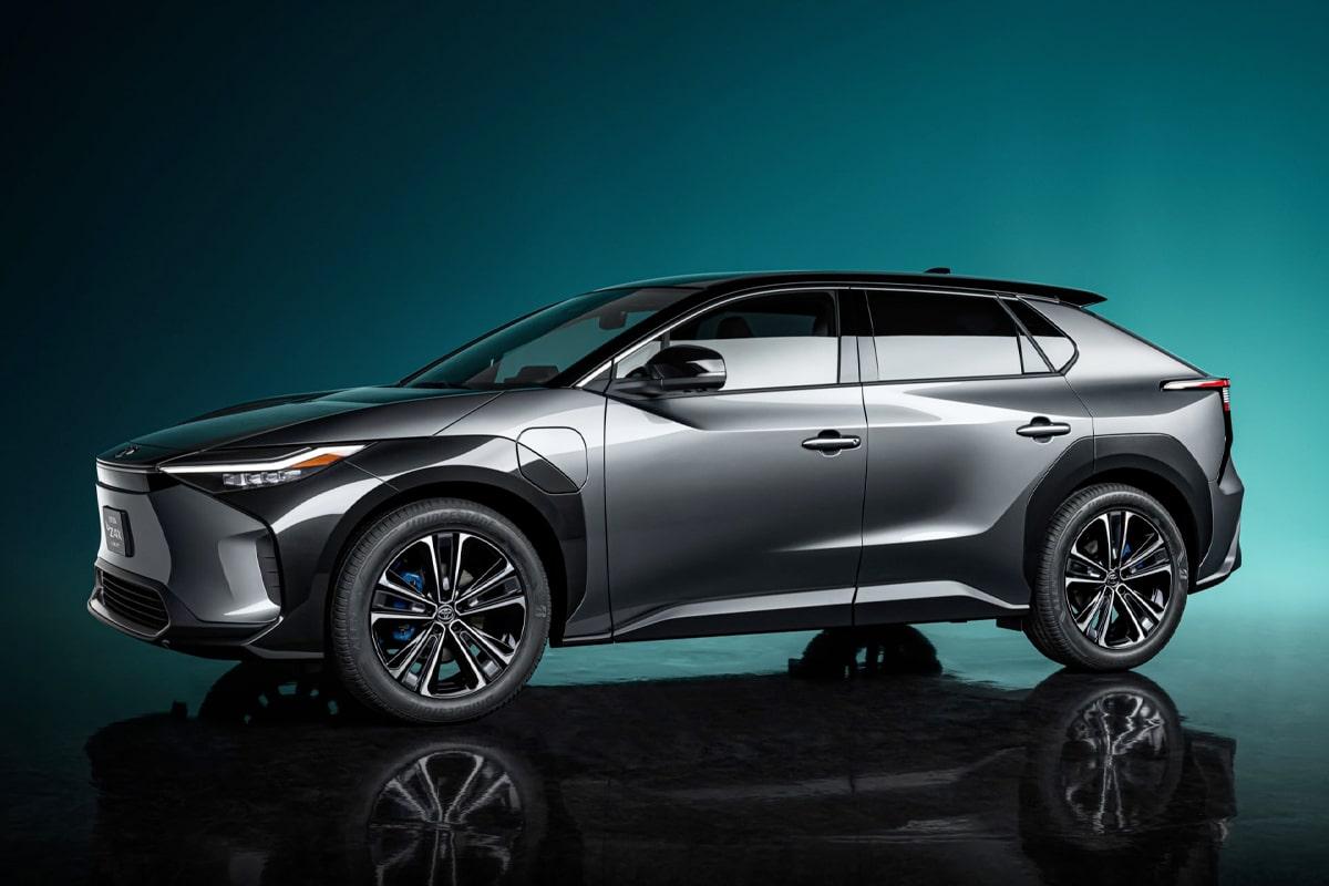 Toyota bz4x suv concept 2