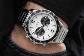 Vincero apex silver watch