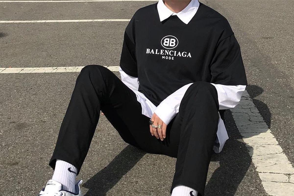 eboy sitting on the ground