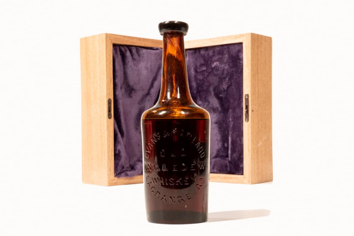 Worlds oldest whisky 1