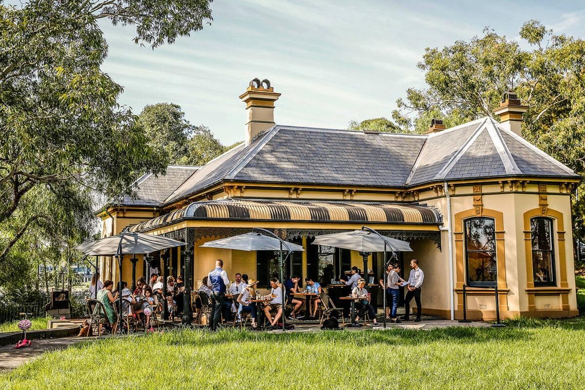 restaurant bellevue cottage by antonie outdoor