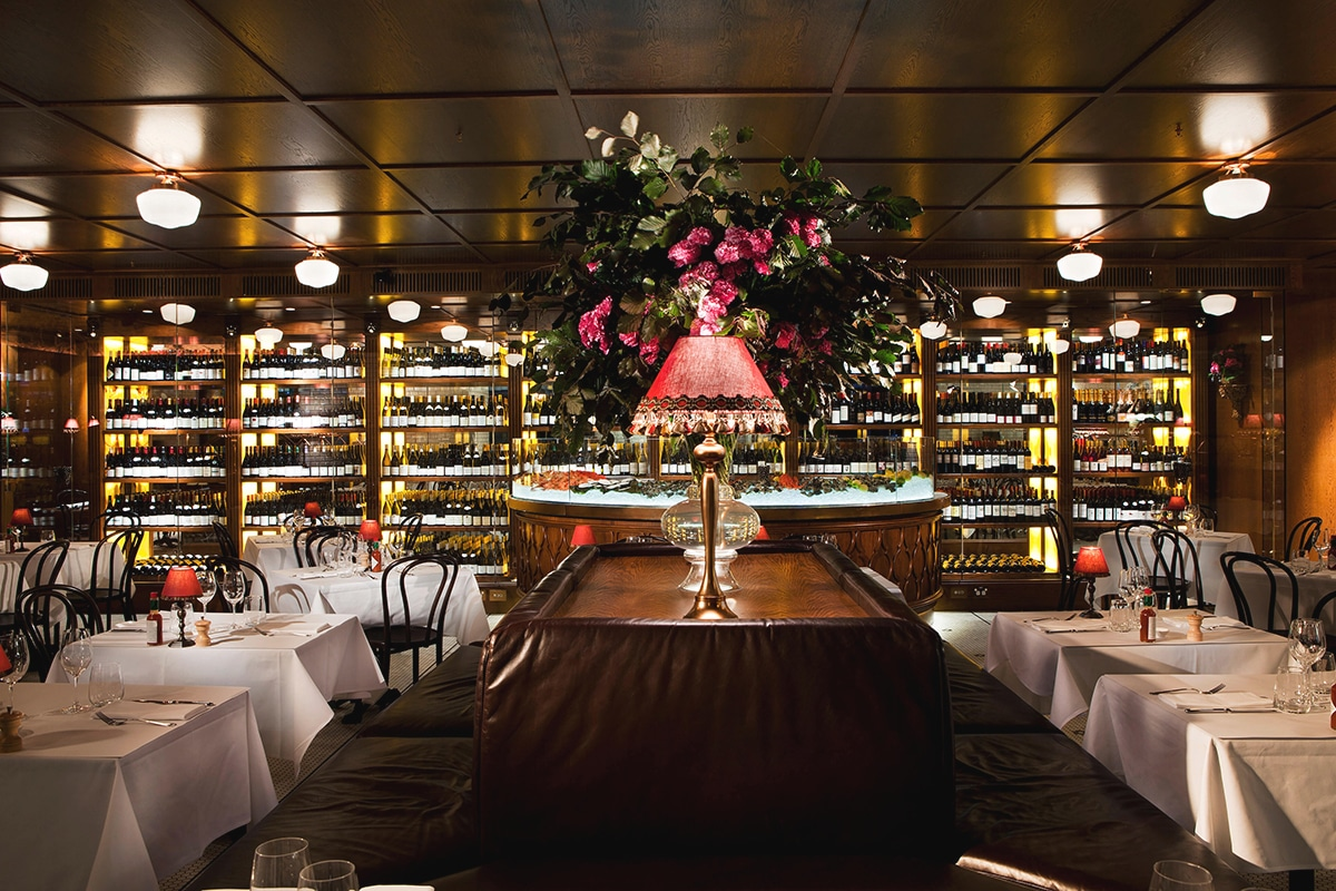 Felix restaurant interior