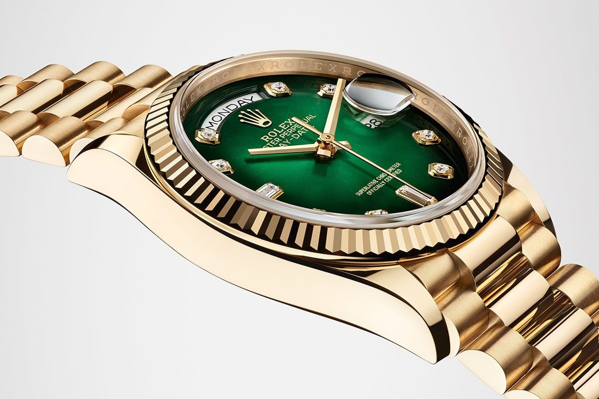 gold rolex gmt master ii with green dial Watch