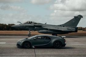 2 bugatti chiron fighter jet race