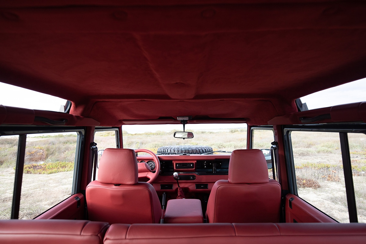 Cooll vintage land rover 110 3