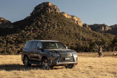 The Lexus L-Series Experience Proves Luxury has it's Perks