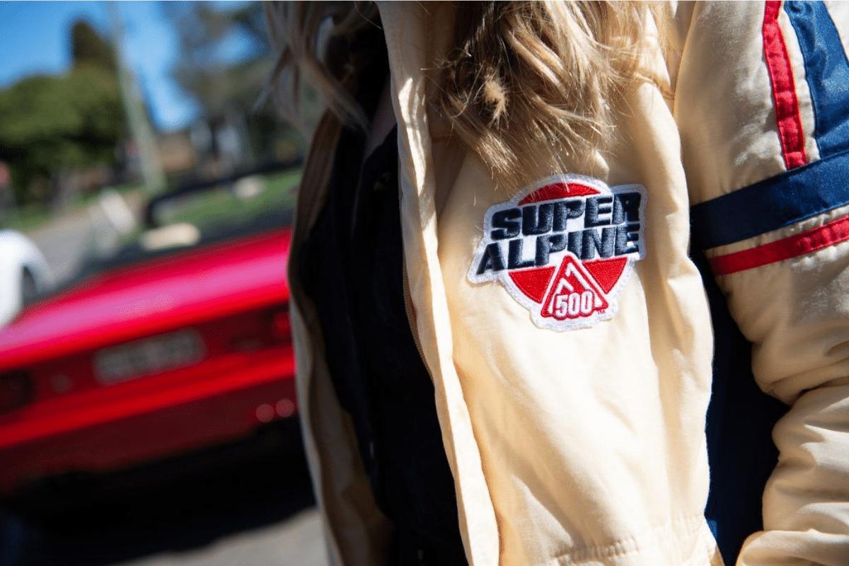 Super alpine 500 jacket logo