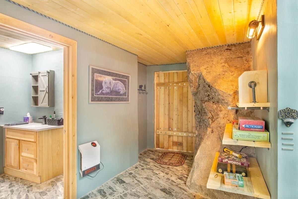 Washing cave house 4