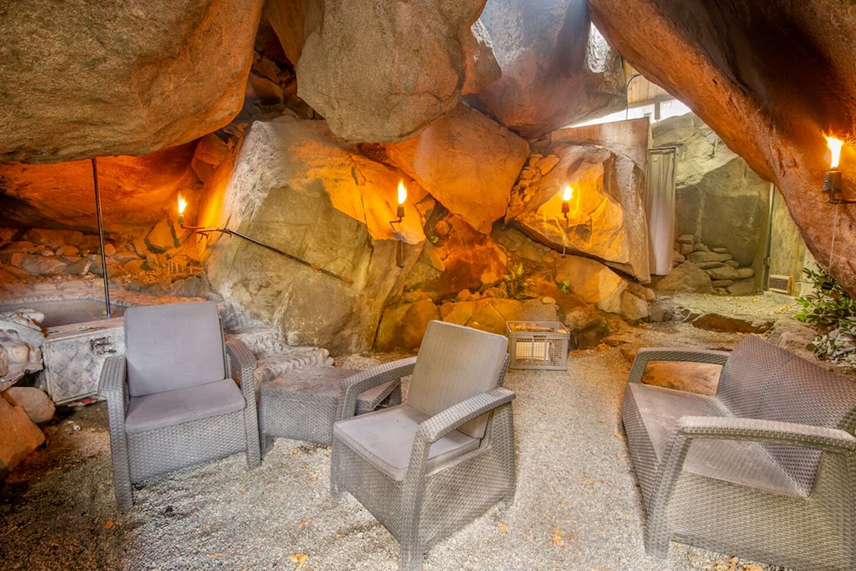 Washing cave house 6