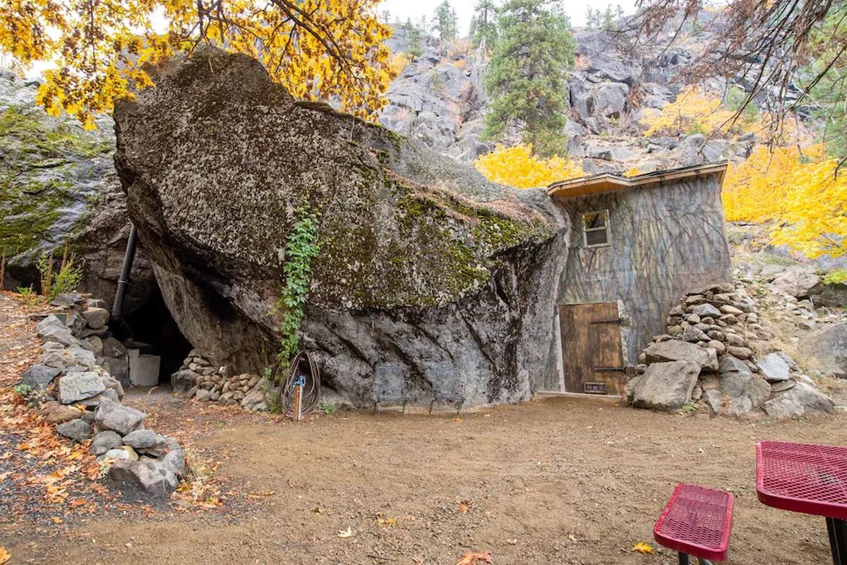 Washing cave house 9