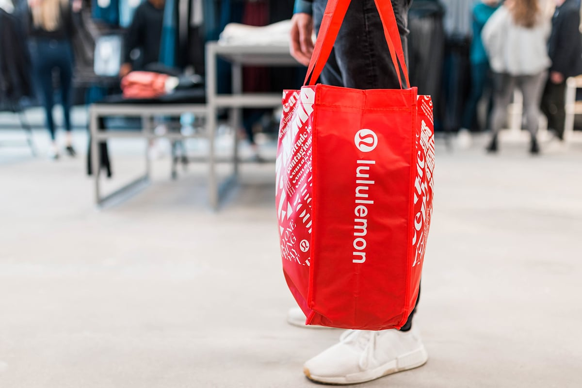 red lululemon bag
