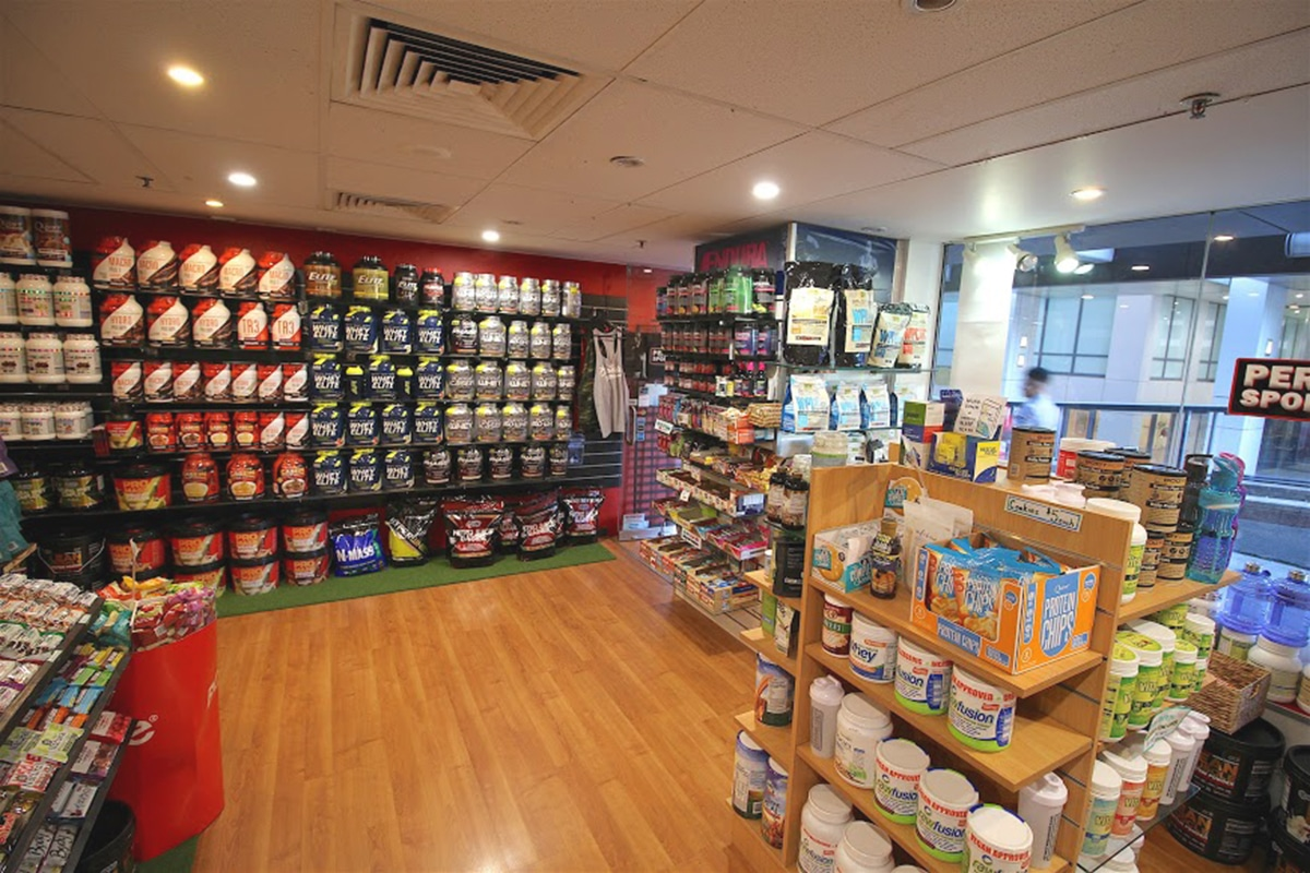 performance sports nutrition interior
