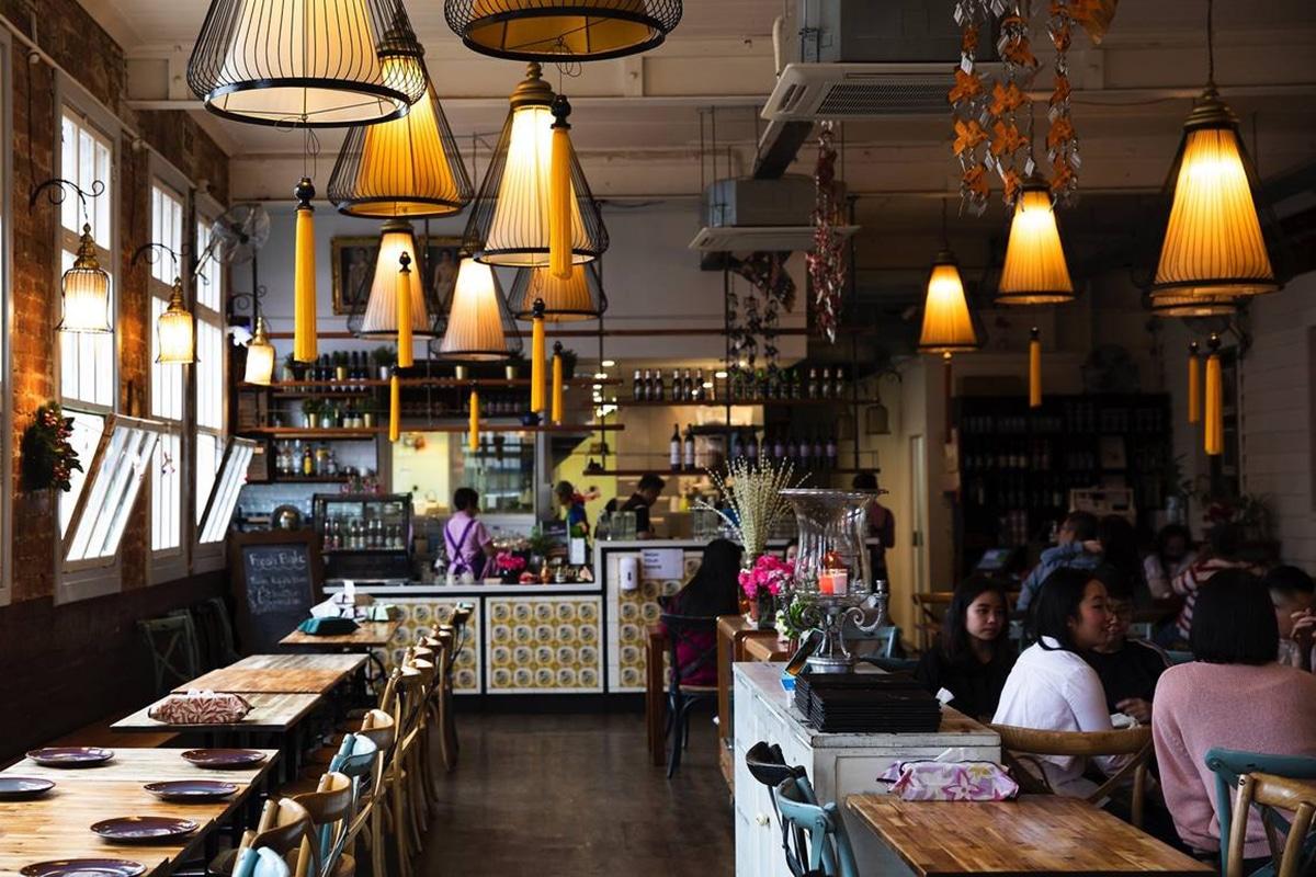 jinda thai restaurant interior
