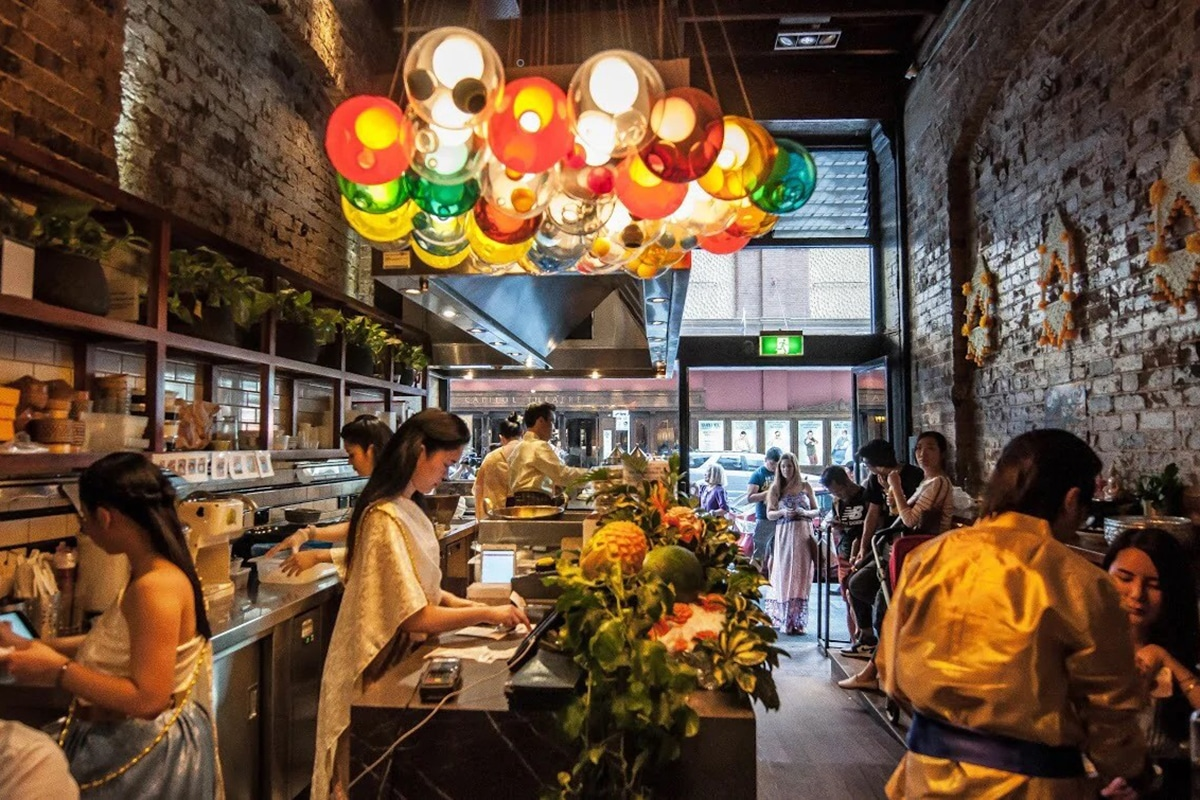 chat thai restaurant interior
