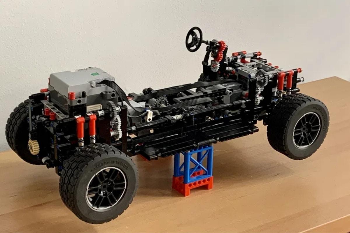 Hummer Lego