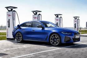 Bmw i4 m50 plugged in