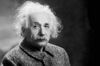 Einstein's Actual Handwritten E=mc2 Equation Just Sold for $1.2 Million