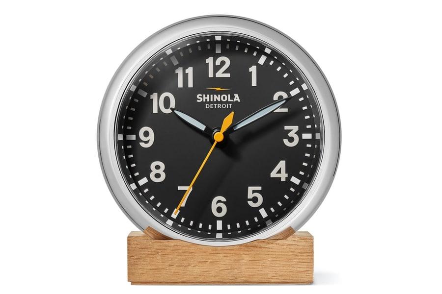 shinola the runwell desk clock