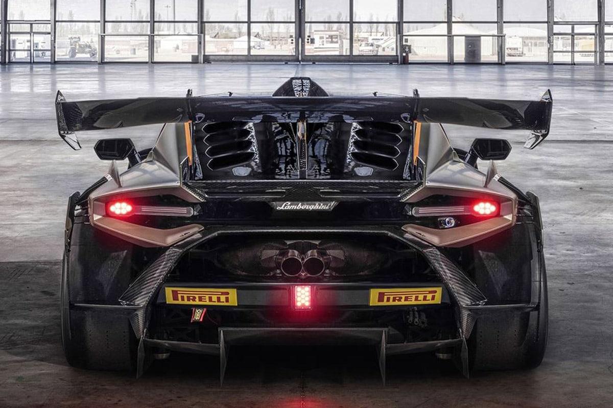 Lamborghini huracan super trofeo evo2 7