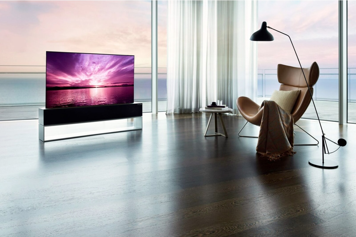Lg r1 rollable tv 2