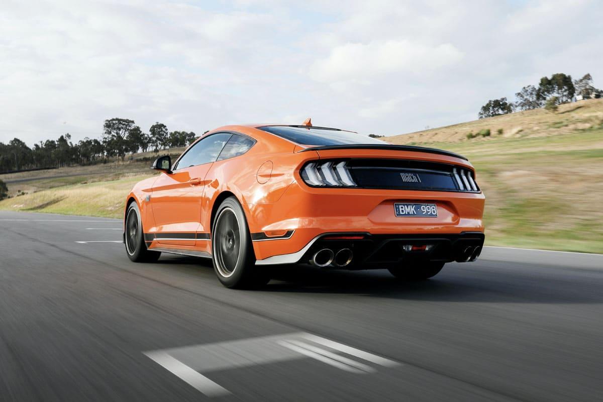 Mustang mach 1 3