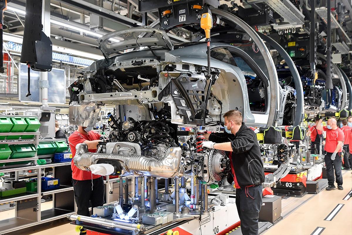 Porsche 911 gt3 70 years porsche australia edition on production line 3