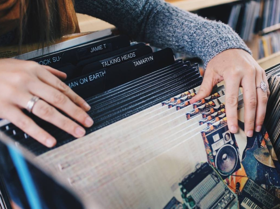 record store sandy's music centre