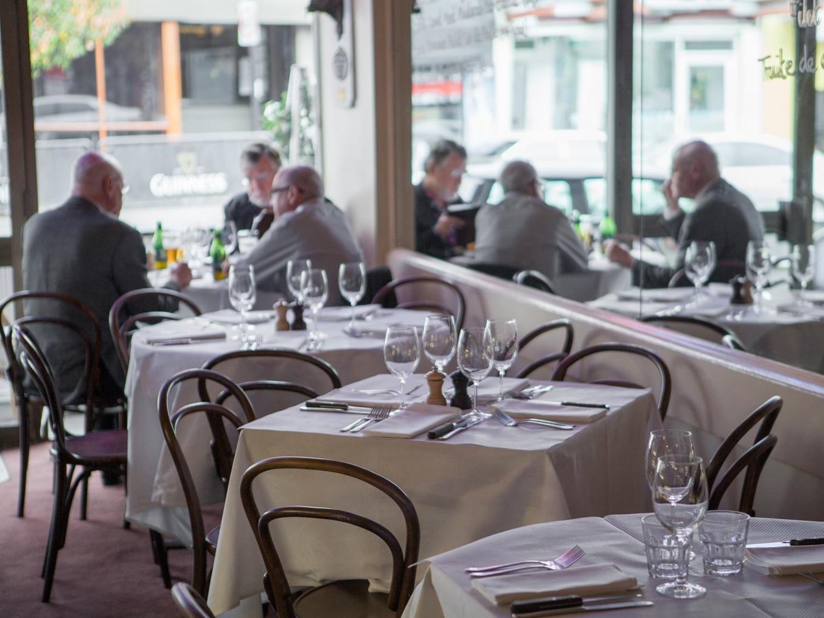 french restaurant france soir interior