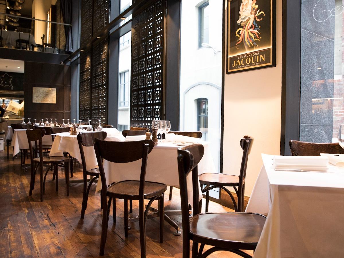 the french brasserie interior